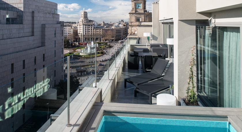 Hotel Catalonia Square