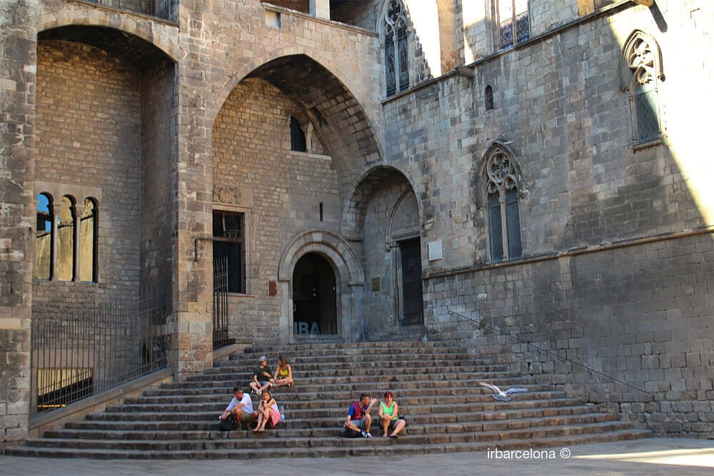 scale Palau Reial Major