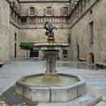 Sant Jordi patio Palau Generalitat