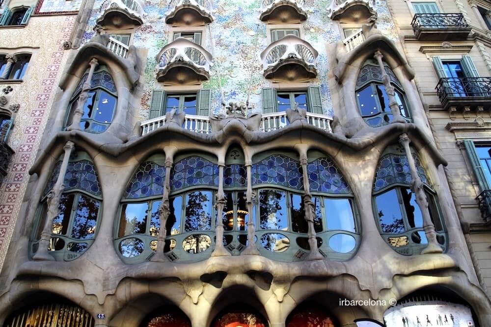 finestra facciata Casa Batlló