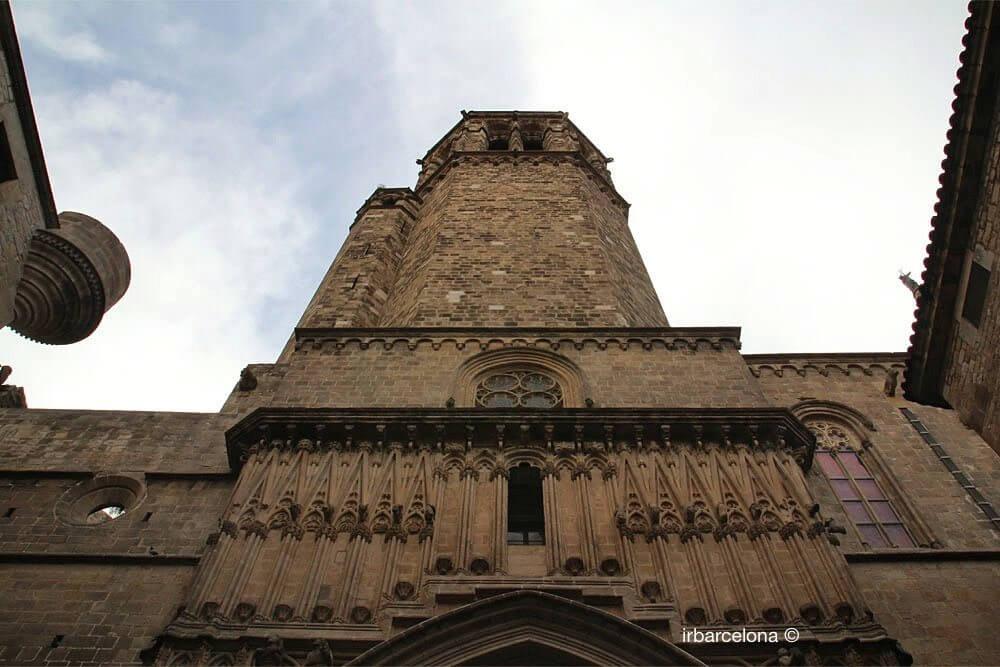 facciata laterale Cattedrale di Barcellona