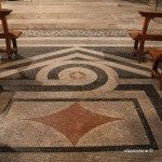 mosaico suelo iglesia