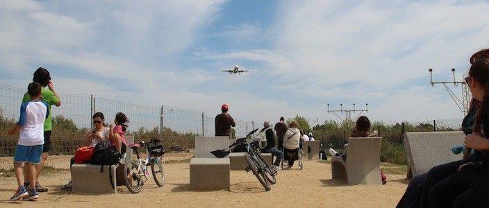Fotografiando aviones en el Mirador de El Prat de Llobregat