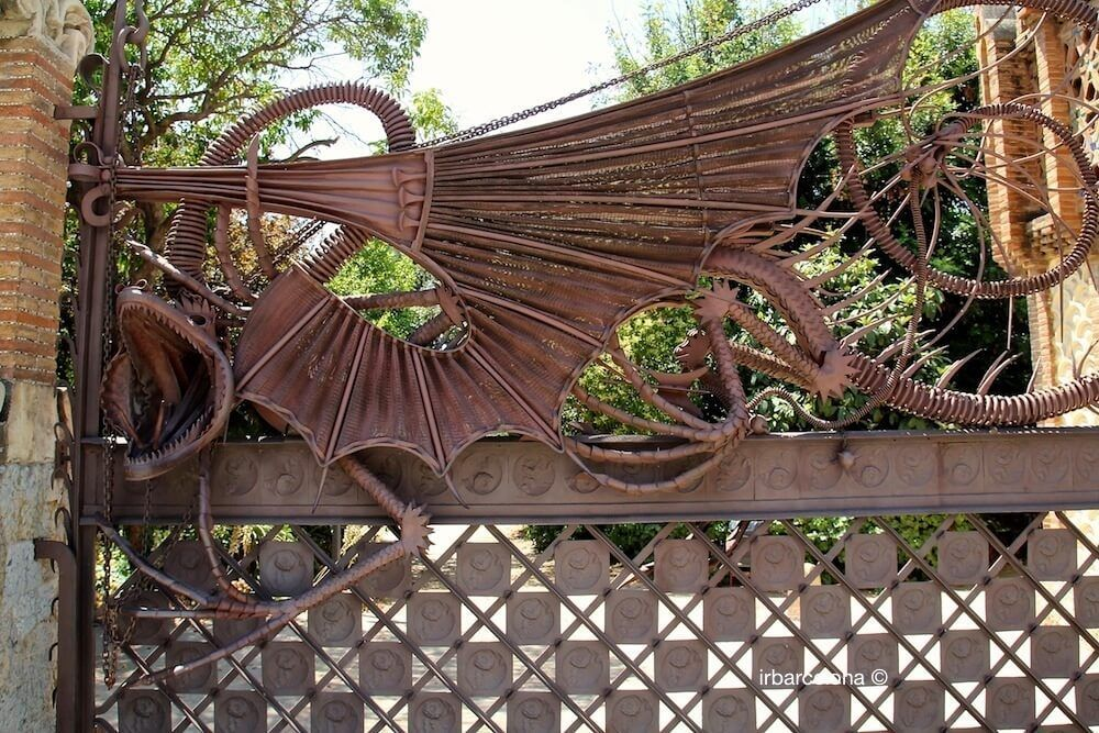 mythological dragon entrance gate