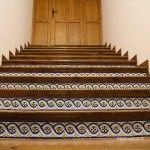 escaleras de gaudí hacia...