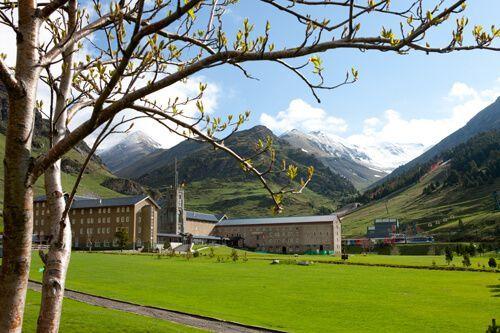 Pirineos Vall de Núria