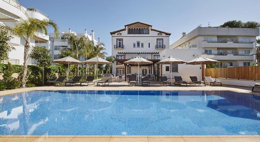 Sitges vacaciones qu hacer ver y visitar c mo - Hotel casa vilella ...