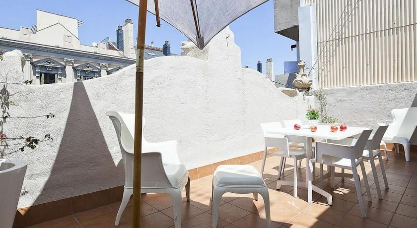 Hoteles familiares barcelona hotel ni os irbarcelona for Hoteles familiares en barcelona ciudad
