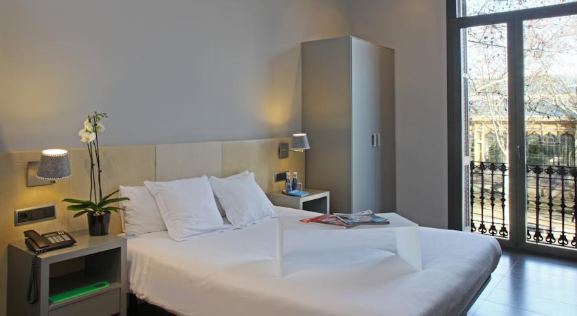 Hoteles de 1 estrella en barcelona baratos centro una for Hoteles muy baratos en barcelona