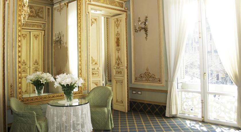Hoteles con encanto barcelona reservar boutique hotel for Hoteles con encanto bcn
