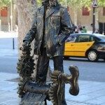 estatua humana en La Rambla