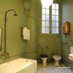 cuarto baño Casa Milà