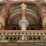 detalles de la fachada del Palau de la Música Catalana