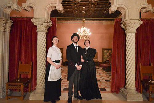 visita nocturna teatralizada Casa Amatller
