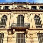 ventanas de la fachada del Palau Robert