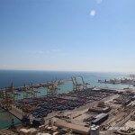 vistas de parte del puerto de Barcelona