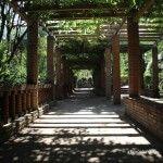 pérgola jardines Laribal