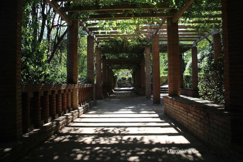 pergola jardines Laribal