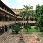 pozo claustro Monasterio de Pedralbes