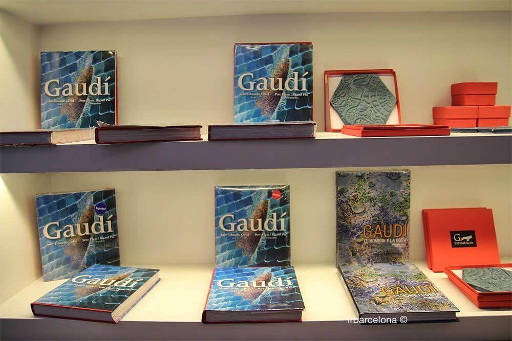 libri negozio Gaudí Experiència