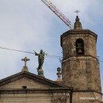 Virgen de la Mercè en lo alto de la basílica
