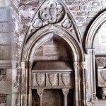 tumbas de nobles en el claustro