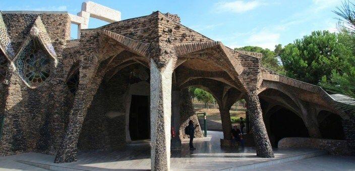 Colonia Güell y Cripta Gaudí
