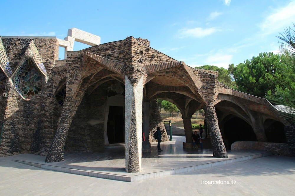 Cripta Gaudí y Colonia Güell