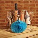 mesa con vino