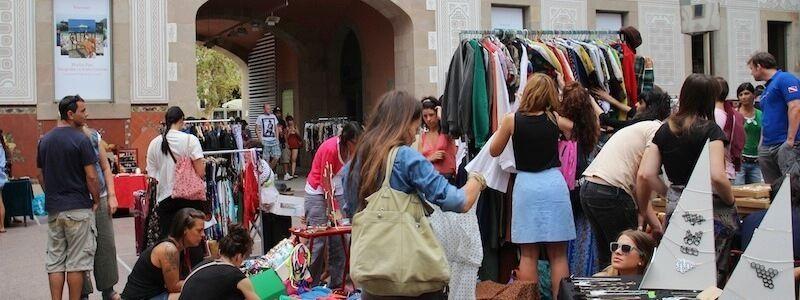 mercats i fires diumenge Barcelona
