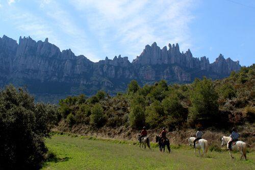 Monasterio de Montserrat y ruta a caballo